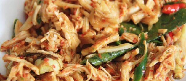 Cara Masak Ayam Suwir Pedas Bumbu Bali (Ayam Sisit Bali)