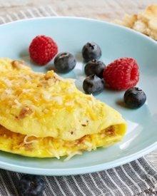 Cara Membuat Omelet Telur Keju Untuk Sarapan, Bikinnya Cuma 5 Menit