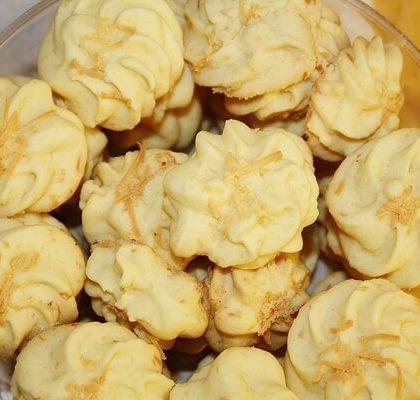 Resep Kue Kering Semprit Sagu Keju Renyah Gurih