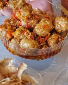 Cara Membuat Pentol Setan Surabaya (Bakso Daging Sambal Pedas)