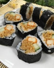 Cukup 5 Bahan Kamu Sudah Bisa Bikin Resep Sushi Indomie ala Resto di Rumah