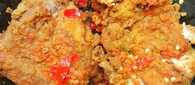 Resep dan Cara Membuat Ayam Geprek Sambal Bawang ala Geprek Bensu