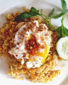 Resep Indomie Salted Egg Homemade dan Cara Membuatnya Secara Mudah