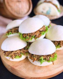 Resep Burger Pao Ayam (Bakpao Burger Isi Ayam Suwir) ala Bakery