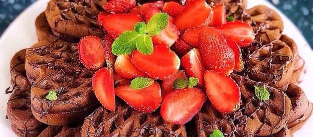 Resep Waffle Coklat Belgian (Belgian Chocolate Waffle) Seenak Di Cafe ala Farah Quinn
