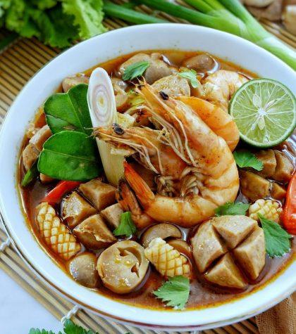 Resep Tom Yam Seafood Yang Asam dan Pedas Seenak di Restoran Thailand